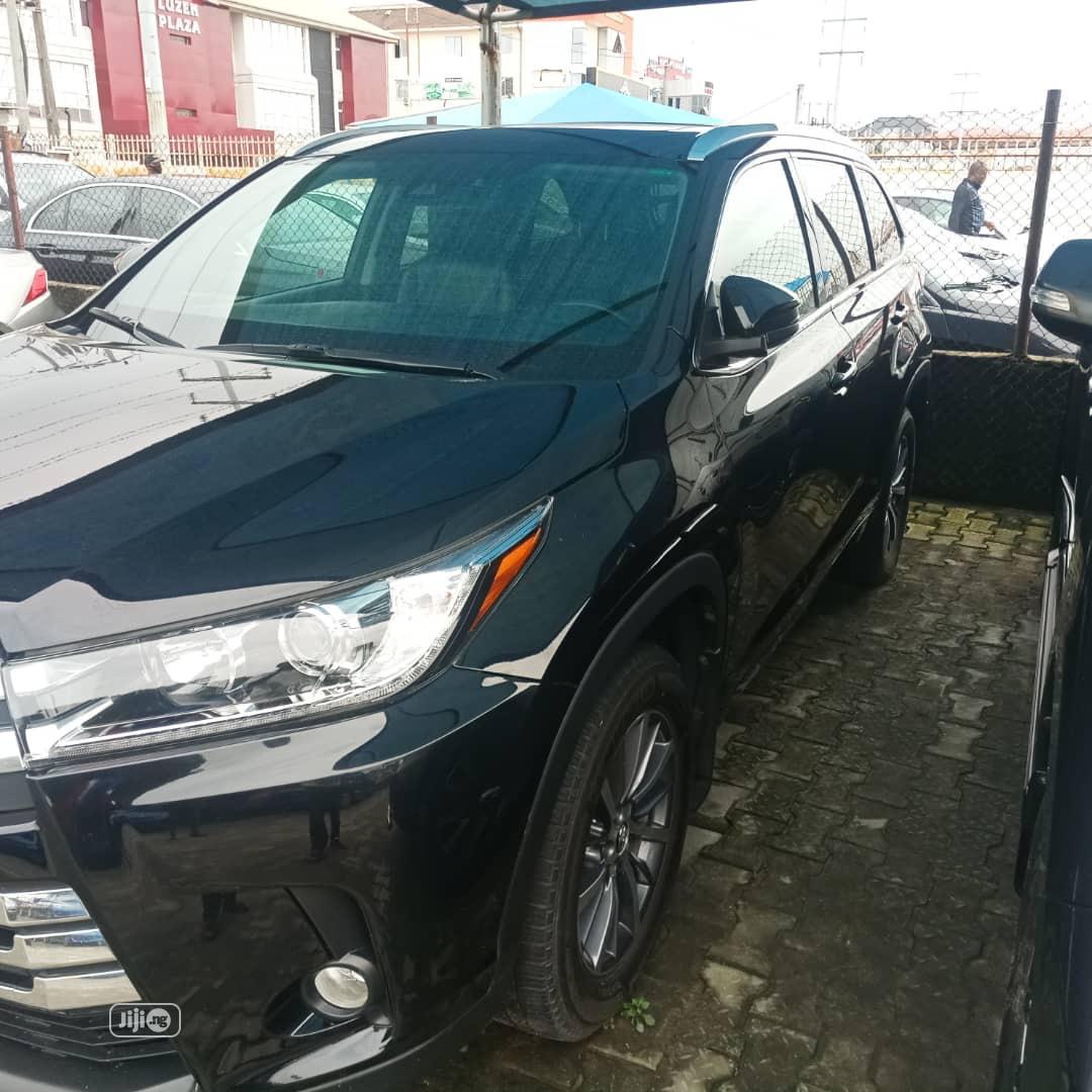 Toyota Highlander 2018 XLE 4x4 V6 (3.5L 6cyl 8A) Black | Cars for sale in Lekki, Lagos State, Nigeria