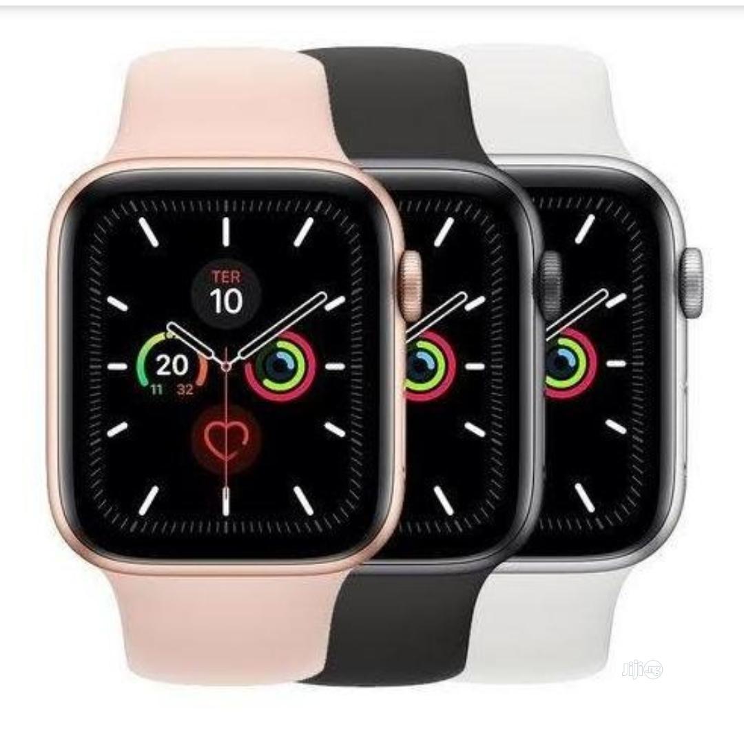 T55 Smart Watch Full Screen Fitness Tracker, Makes Calls