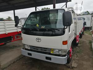 Toyota Dyna 200 Normall White | Trucks & Trailers for sale in Lagos State, Apapa