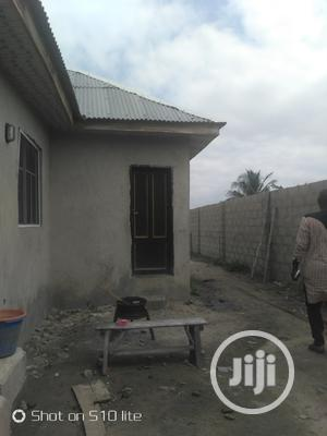 Standard 3bed And 2units Of Rooms Self Contain | Houses & Apartments For Sale for sale in Lagos State, Ikorodu