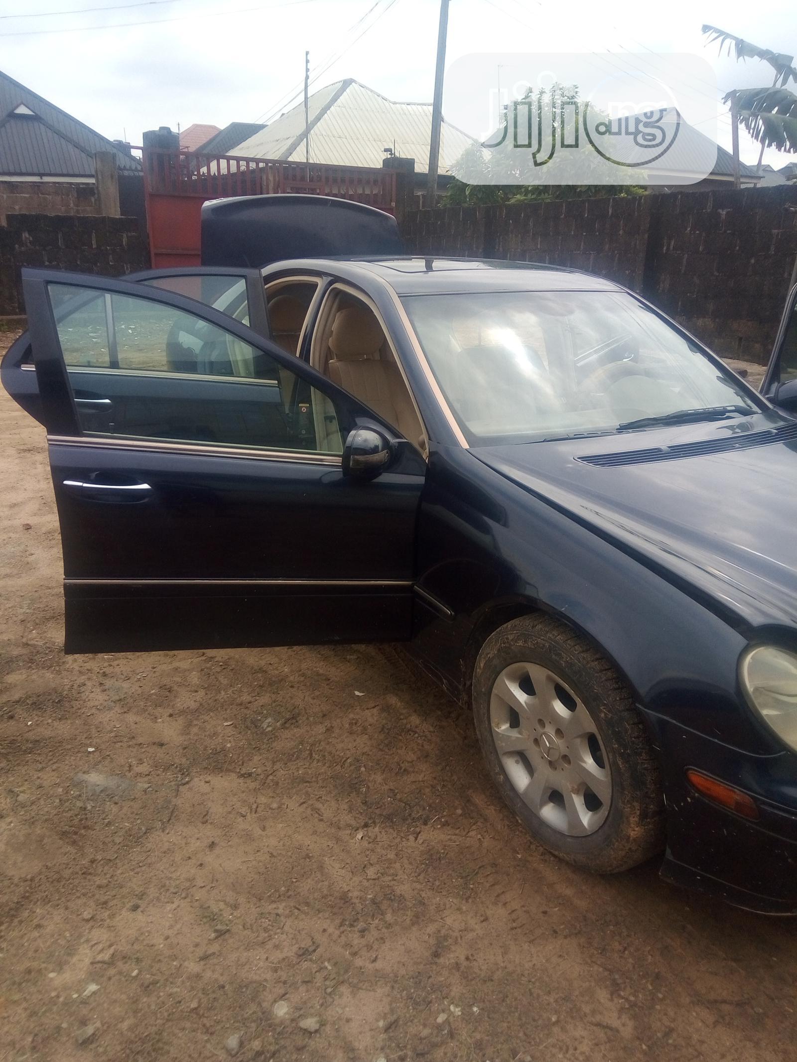 Archive: Mercedes-Benz C240 2004 Blue
