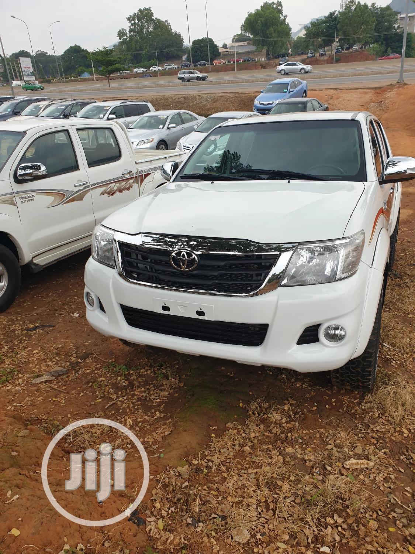 Archive: Toyota Hilux 2012 2.7 VVT-i 4X4 SRX White