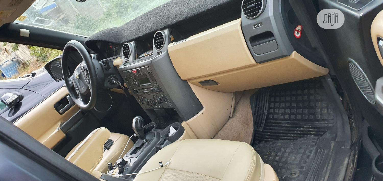 Archive: Land Rover LR3 2006 SE Black