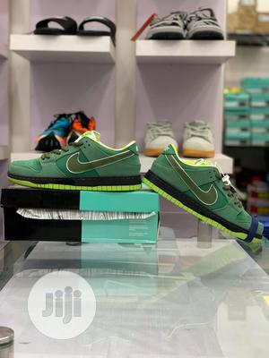 Nike Sb Dunk Low Green Lobster Sneakers Original   Shoes for sale in Lagos State, Surulere