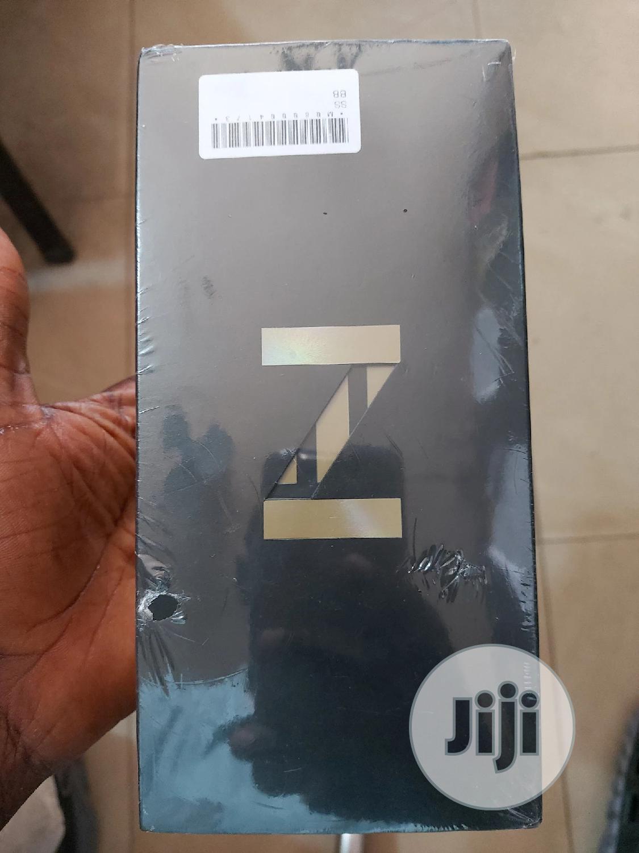 New Samsung Galaxy Z Flip 256 GB