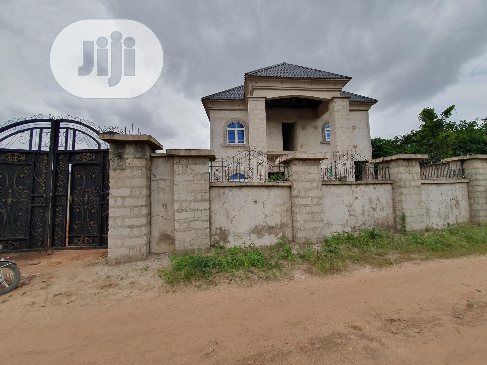 A 6 Bedrooms Duplex With 2 Flats for Sale in Owerri