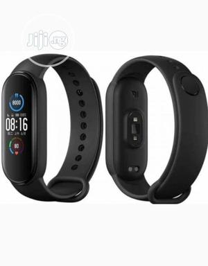 Xiaomi Mi Band 5 Fitness Tracker Waterresistance Smart Watch   Smart Watches & Trackers for sale in Lagos State, Ojo