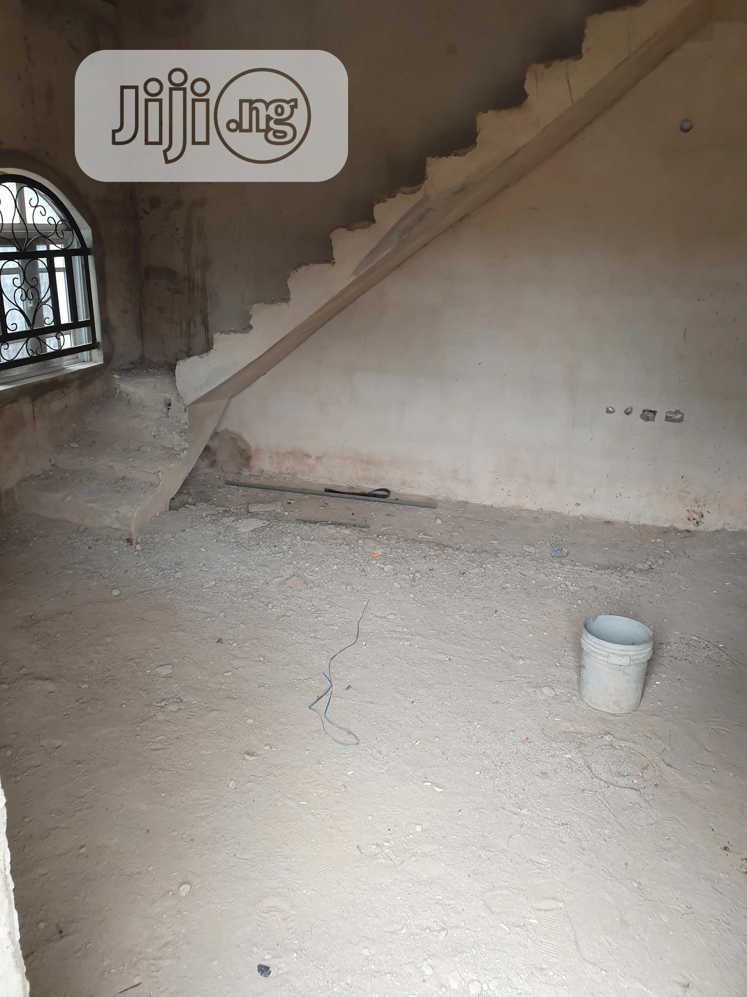 A 6 Bedrooms Duplex With 2 Flats for Sale in Owerri | Houses & Apartments For Sale for sale in Owerri, Imo State, Nigeria
