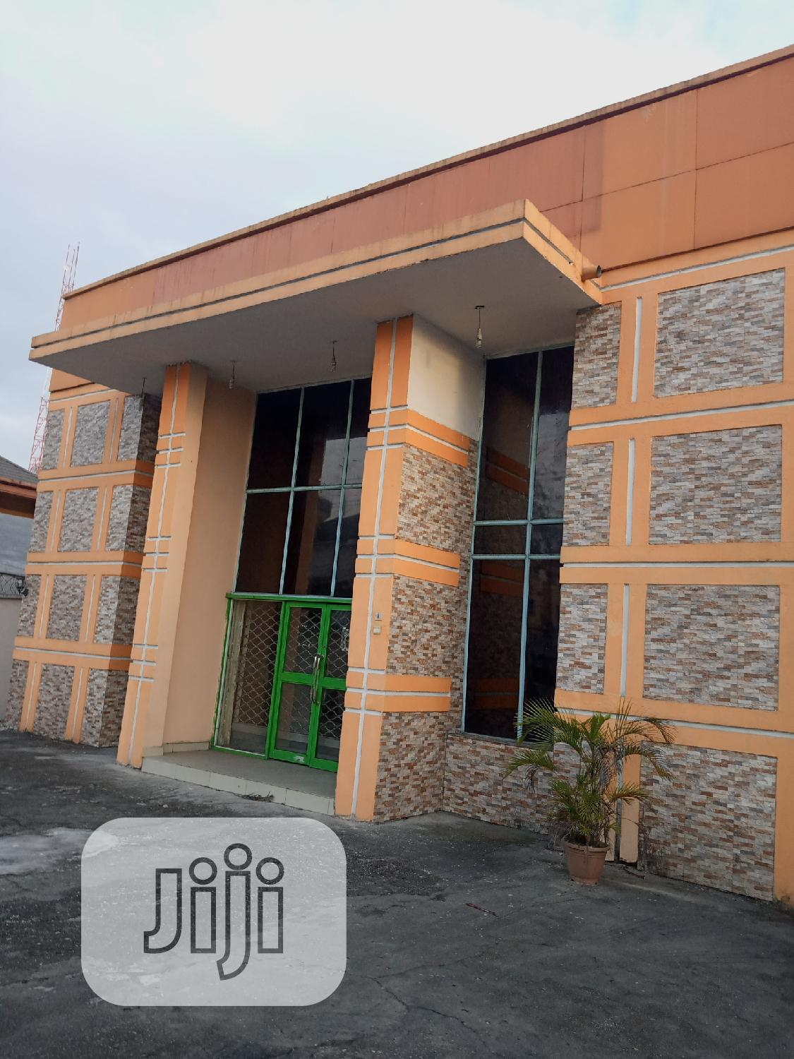 Archive: Commercial Property For Lease. Open Space For Fastfood