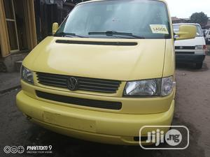 Volkswagen Caravelle 2002 Yellow | Buses & Microbuses for sale in Lagos State, Apapa