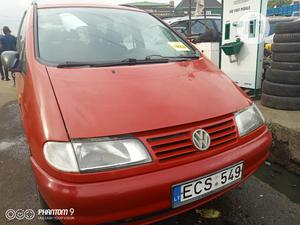 Volkswagen Sharan 1999 2.0 Red   Cars for sale in Lagos State, Apapa