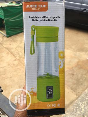 Rechargeable Blender And Juicer..   Kitchen Appliances for sale in Lagos State, Alimosho