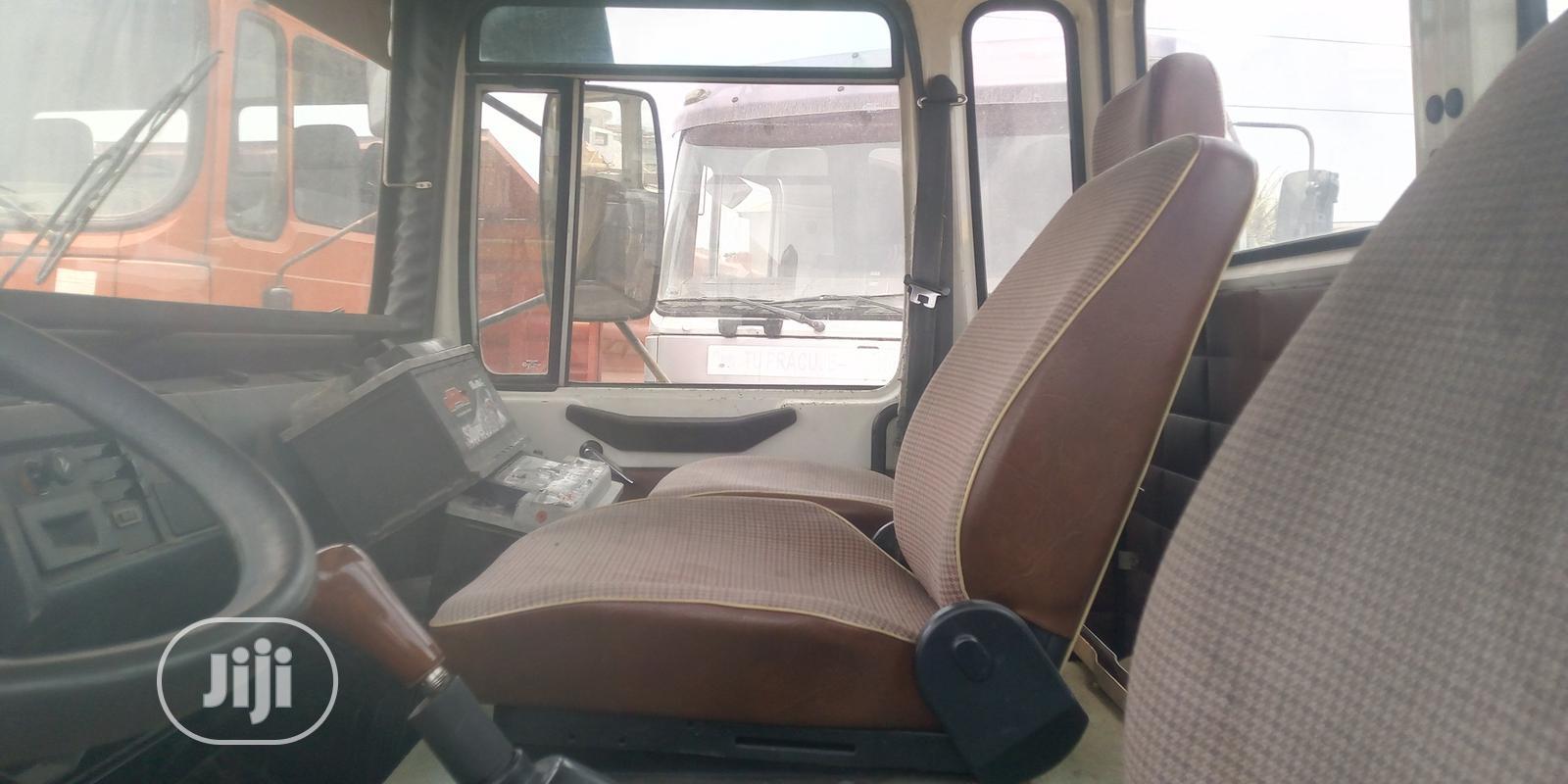 Man Diesel Tokunbo 6tyres   Trucks & Trailers for sale in Amuwo-Odofin, Lagos State, Nigeria