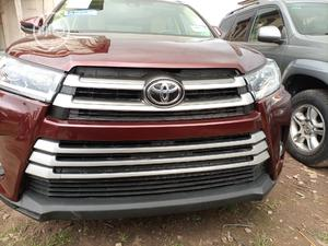 Toyota Highlander 2017 XLE 4x4 V6 (3.5L 6cyl 8A) Red | Cars for sale in Oyo State, Ibadan