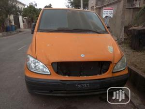 Clean Tokunbo Mercedes-benz Vito 2005 White | Buses & Microbuses for sale in Lagos State, Alimosho