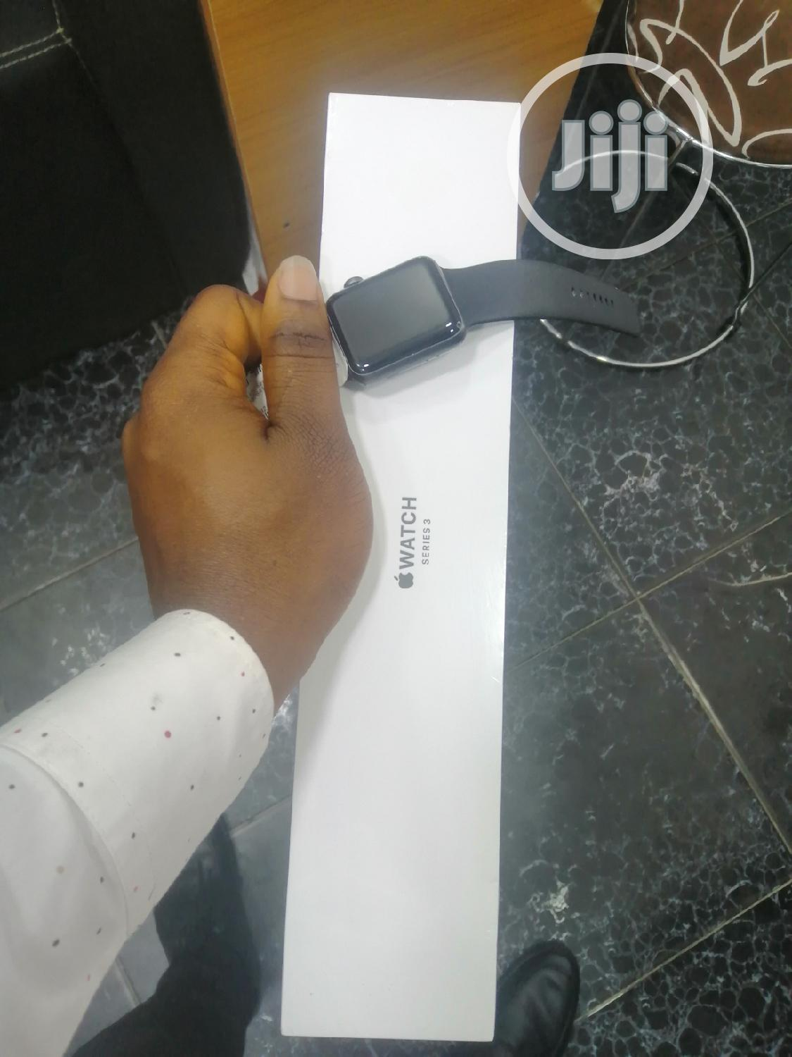 Apple Watch Series 3 (42mm) | Smart Watches & Trackers for sale in Ikeja, Lagos State, Nigeria