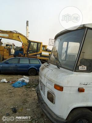 Mercedes Benz 407 2000 White | Trucks & Trailers for sale in Lagos State, Apapa