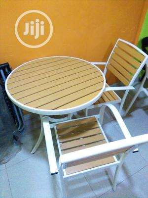 Unique Wooden Top Restaurant Table Stand With 4 Chairs | Furniture for sale in Abuja (FCT) State, Central Business District