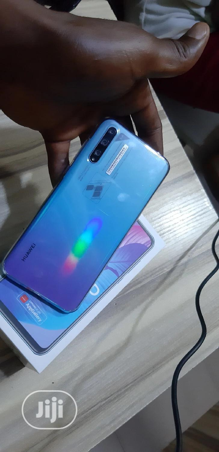Archive: New Huawei Y8p 128 GB Blue