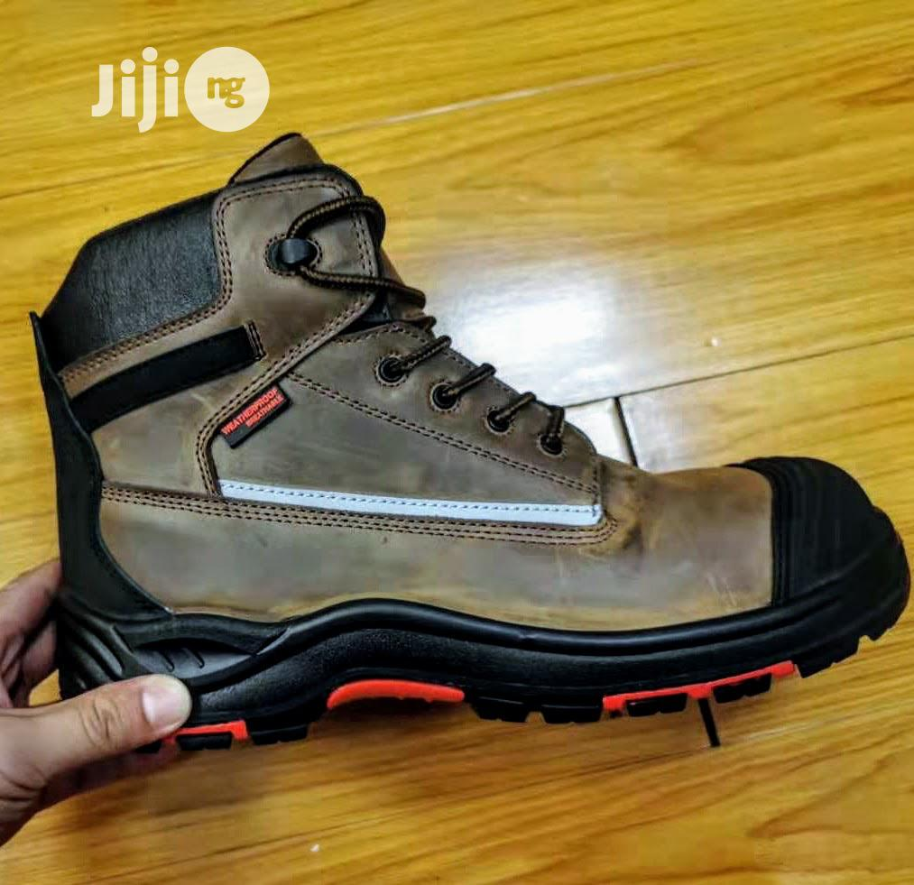 Safetoe - Durable Leather Safety Boot