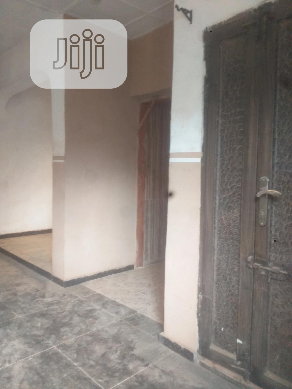 Archive: Completed 3bedroom With 2 Uncompleted Mini Flat