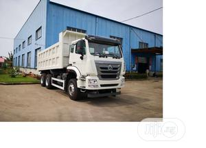 Brand New Sino Truck Available in Lagos State 2020 Model | Trucks & Trailers for sale in Lagos State, Ibeju