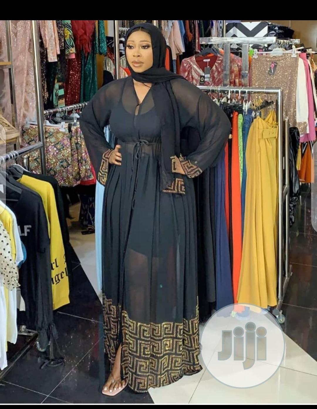 Archive: New Female Abaya With Scarf