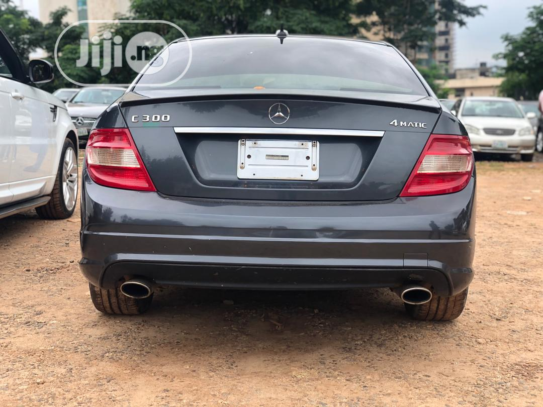 Mercedes-Benz C300 2009 Gray | Cars for sale in Central Business District, Abuja (FCT) State, Nigeria