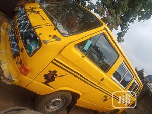 Volkswagen Transporter 1998 Yellow | Buses & Microbuses for sale in Lagos State, Ifako-Ijaiye