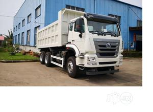 Sino Truck Hohan 2020 White Without Bucket | Trucks & Trailers for sale in Lagos State, Ibeju