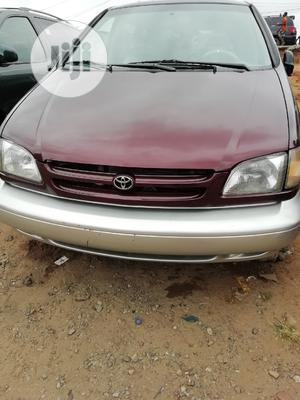 Toyota Sienna 2000 LE & 1 hatch | Cars for sale in Lagos State, Apapa