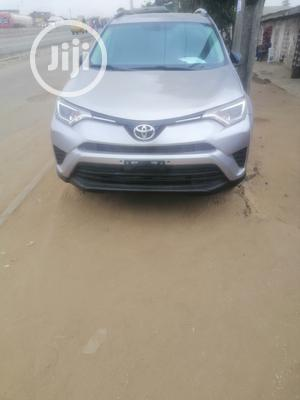 Toyota RAV4 2017 LE FWD (2.5L 4cyl 6A) Silver | Cars for sale in Lagos State, Isolo