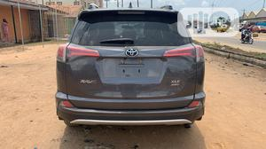 Toyota RAV4 2016 XLE AWD (2.5L 4cyl 6A) Gray | Cars for sale in Anambra State, Onitsha