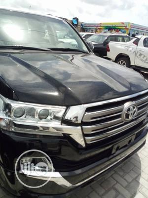 New Toyota Land Cruiser 2019 V8 4x4 Black | Cars for sale in Lagos State, Amuwo-Odofin