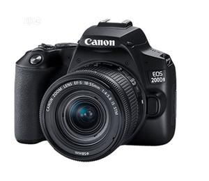 Mint CANON 200D Mkii 18-55mm Video Camera | Photo & Video Cameras for sale in Lagos State, Ikeja