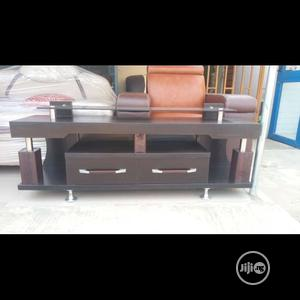 5ft Tv Stand With Glass Top and 2 Drawers | Furniture for sale in Lagos State, Surulere
