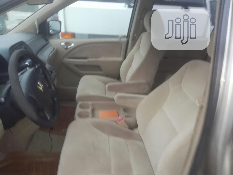 Archive: Honda Odyssey 2006 LX Gold