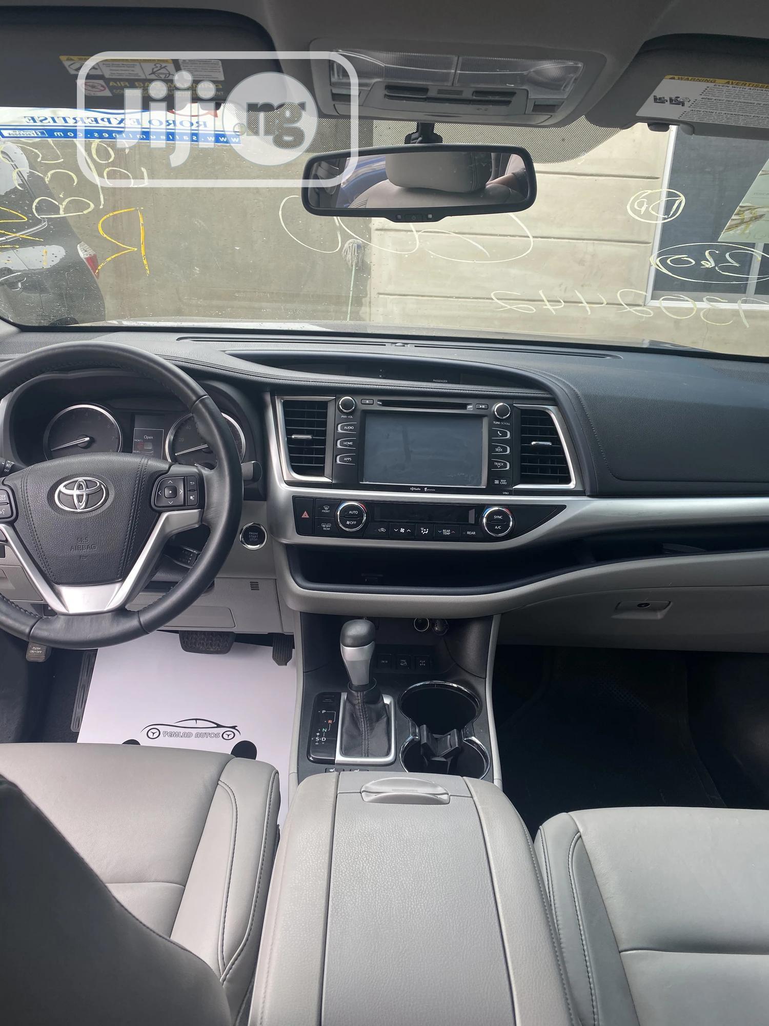Toyota Highlander 2015 Gray | Cars for sale in Ibadan, Oyo State, Nigeria