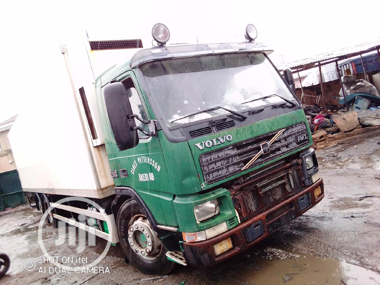 Archive: Volvo FM7 Bus Body for Sale