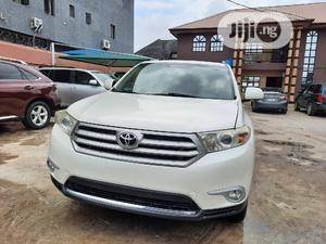Toyota Highlander 2012 SE White   Cars for sale in Lagos State, Amuwo-Odofin