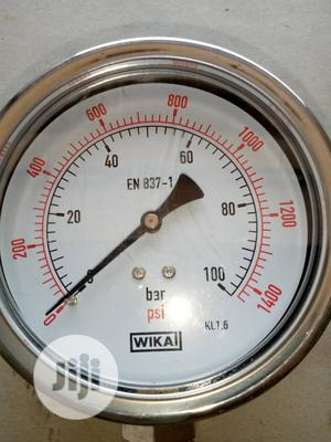 """Pressure Gauge 0-100 Bar 4"""" Sn 