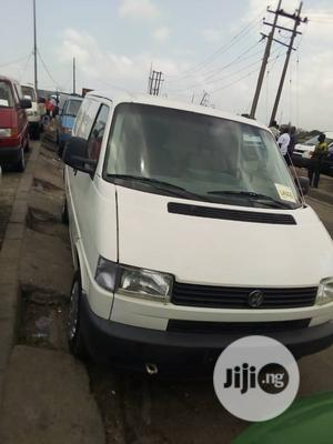 Volkswagen Transporter Bus White | Buses & Microbuses for sale in Lagos State, Apapa