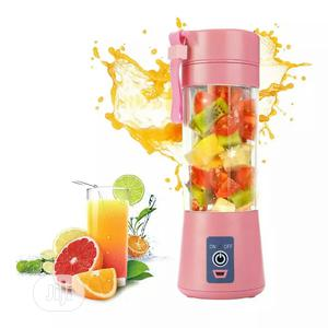 6 Blades Portable Juicer Juice Smoothie   Kitchen Appliances for sale in Lagos State, Victoria Island