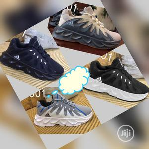 Adidas Classic Sneakers   Shoes for sale in Lagos State, Mushin