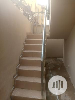 Available Room And Parlour Self Con @ Apete Main Road To Let   Houses & Apartments For Rent for sale in Oyo State, Ibadan