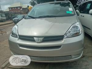 Toyota Sienna 2005 XLE Gold | Cars for sale in Lagos State, Amuwo-Odofin