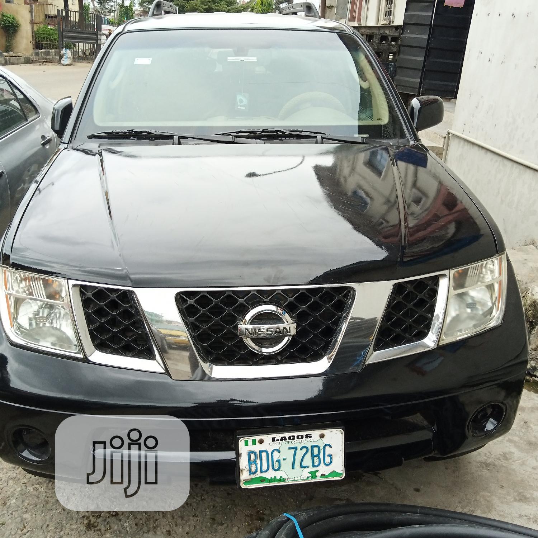 Archive: Nissan Pathfinder 2005 Black
