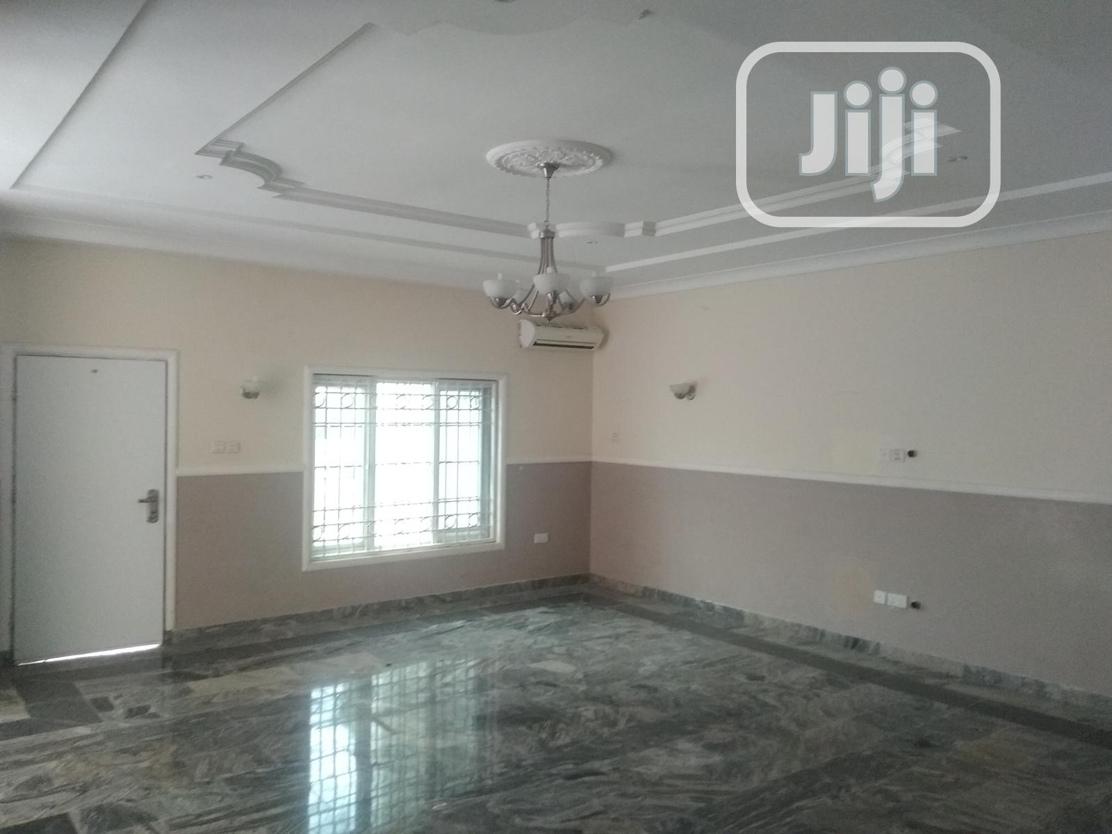 Serviced 4bedroom Terrace With Bq.@Katampe Extn 24/7 Light. | Houses & Apartments For Rent for sale in Katampe, Abuja (FCT) State, Nigeria