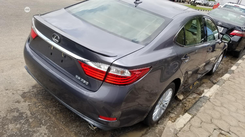 Archive: Lexus ES 2013 350 FWD Gray