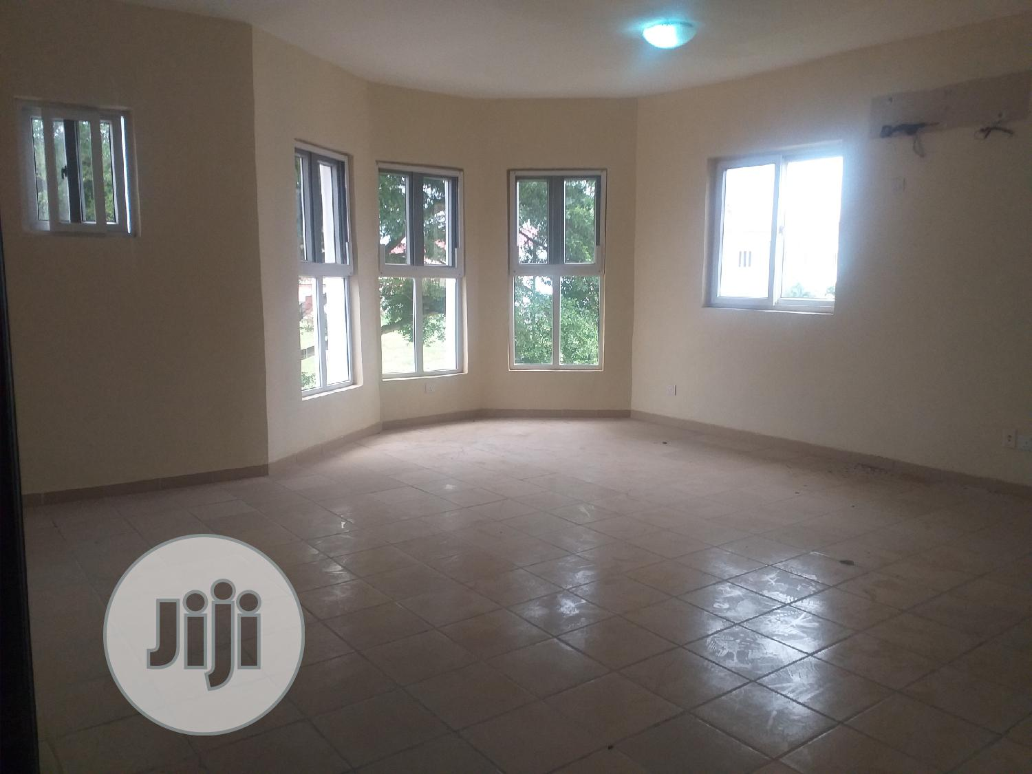 Archive: 4bedroom Fully Detached Duplex, Boys Quarters At Nicon Town